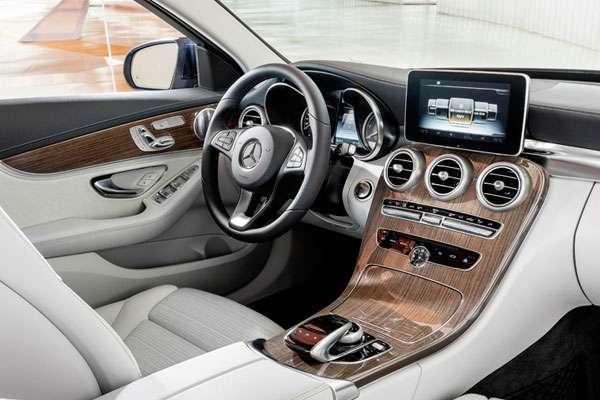 Mercedes-Benz C-Class 2014 фото салона
