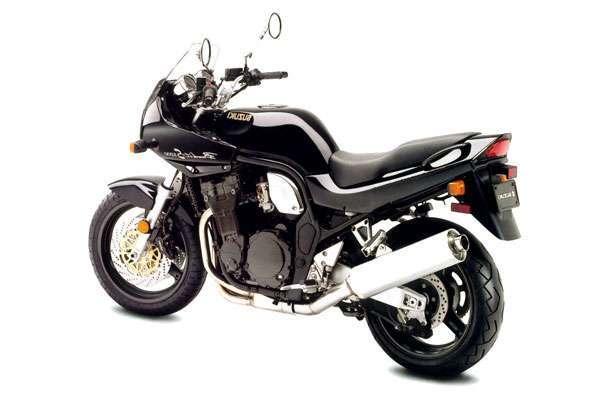 Мотоцикл Suzuki GSF 1200 S Bandit в черном цвете