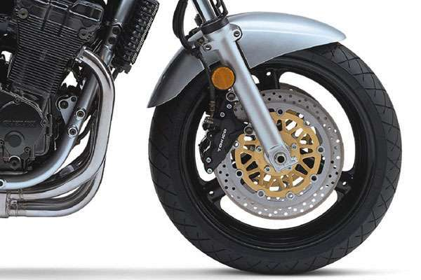 Мотоцикл Suzuki GSF 1200 S Bandit переднее колесо с дисковыми тормозами