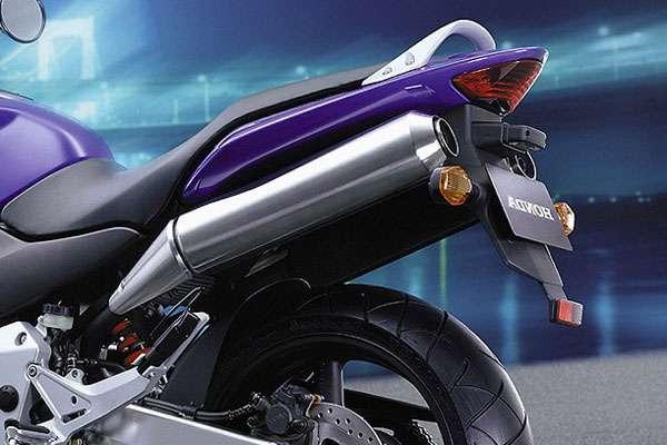 Испытания Honda Hornet 900 (фото-2)