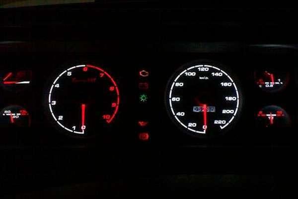 Тюнинг приборов ВАЗ 2107 с белой подсветкой