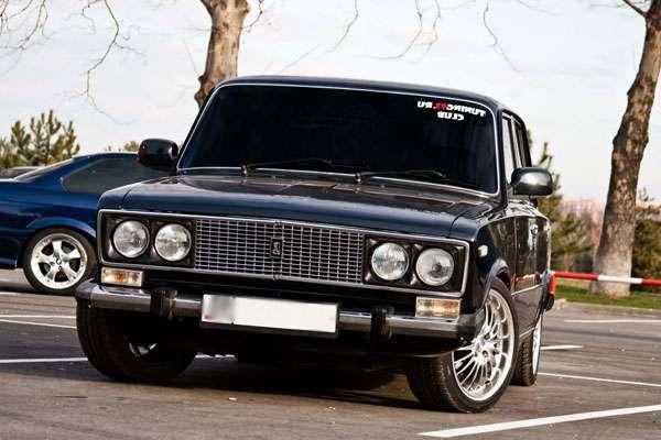 Тюнинг автомобиля ВАЗ 2106 своими руками устанавливали диски 14 дюймовые и низкопрофильную резину